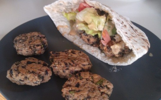 black bean pita patties
